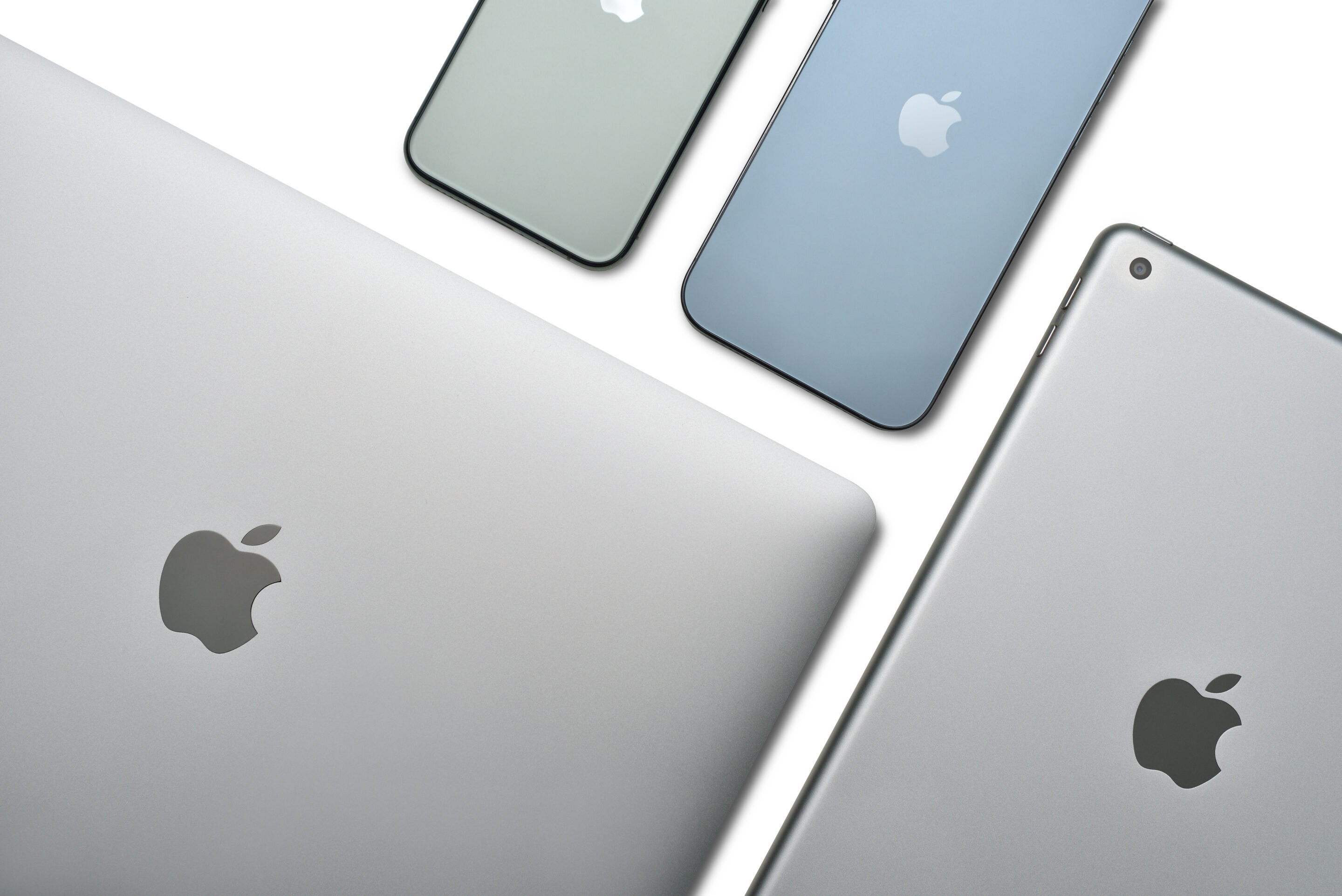 The Ideal Way to Manage Apple Devices for Small Businesses